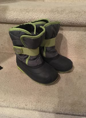 Kamik Snow Boots Size 9 for Sale in Glenwood, MD