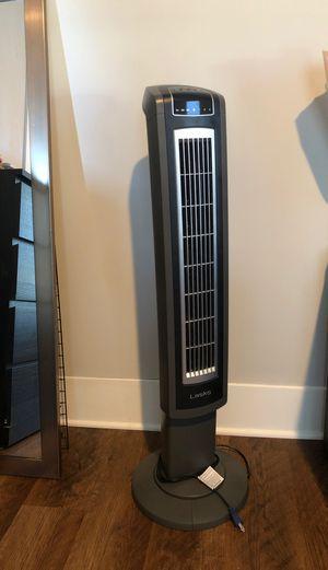 Oscillating standing fan for Sale in Nashville, TN