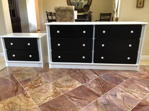 Dresser & nightstand for Sale in Pleasanton, CA