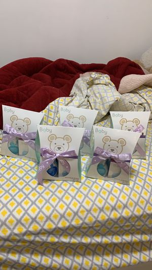 zermat baby 4pc gift set for Sale in Brooklyn, NY