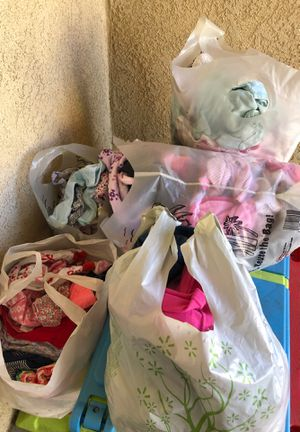 Free baby clothes for Sale in Perris, CA