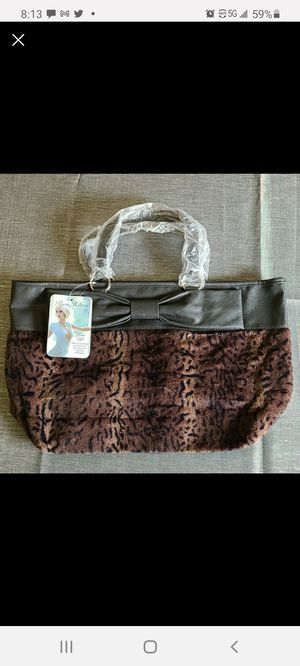 Brand new Paris Hilton faux fur and vegan leather bag for Sale in Schiller Park, IL