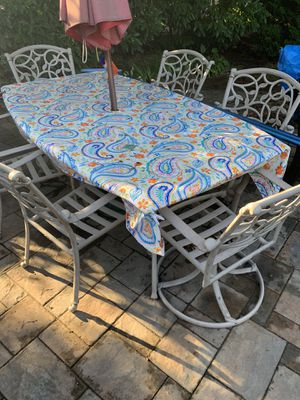 Outdoor Table with cushions for Sale in Dix Hills, NY
