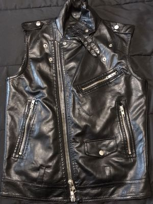 Motorcycle leather vest xl for Sale in Burlington, MA