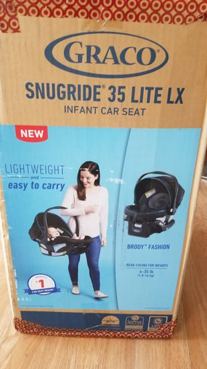 Graco Snugride infant car seat 35 lite XL NEW for Sale in Los Angeles, CA