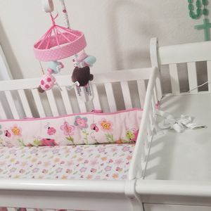Baby Bed With Everything In The Pictures for Sale in Phoenix, AZ