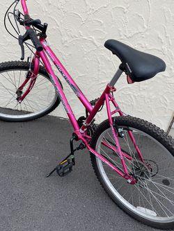 Woman's Bike for Sale in Selah,  WA