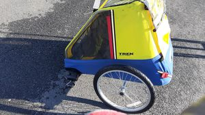 Trek CC Ryder bike trailer for 2 for Sale in Waldorf, MD