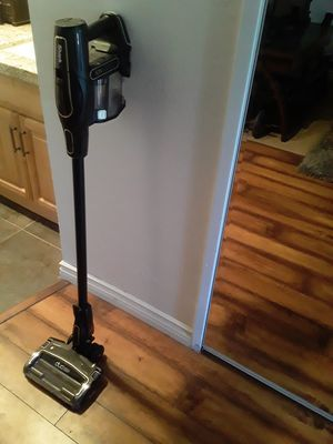 Shark rechargeable vacuum for Sale in Lake Elsinore, CA