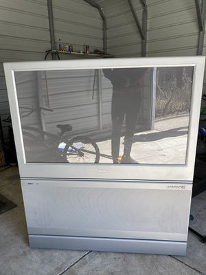 40+ inch Phillips large screen rear projector TV for Sale in Maple Heights, OH