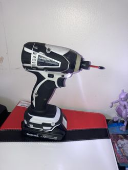 Makita Impact Drill And Charger With A Extra Battery for Sale in Nampa,  ID
