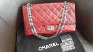 Authentic CHANEL DOUBLE FLAP BAG MINT JUMBO for Sale in Las Vegas, NV