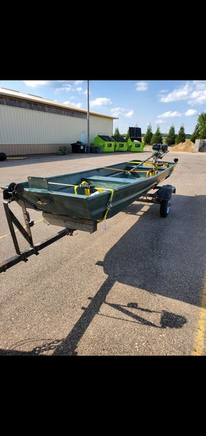 14ft Aluminum Boat for Sale in Dearborn Heights, MI
