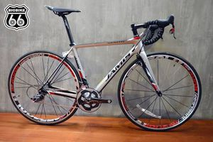All carbon road bike 22 spd w/upgrades for Sale in Saint ANTHNY VLG, MN