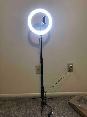 """18"""" inch Dimmable LED Studio Camera Ring Light Tripod for Sale in Los Angeles, CA"""