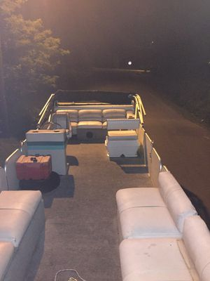 Pontoon for low price for Sale in Murfreesboro, TN