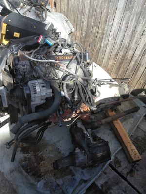 94 Chevy Blazer LS engine and trans for 650 for Sale in Chicago, IL