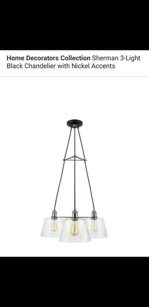 3 light chandelier for Sale in Bakersfield, CA