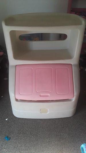 Kids toy box. for Sale in Deltona, FL