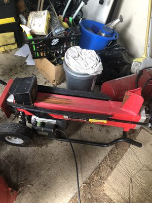 Electric log splitter for Sale in Auburn, WA
