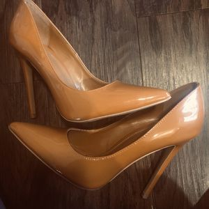 Miss Lola Expresso patent leather high heels for Sale in Dallas, TX