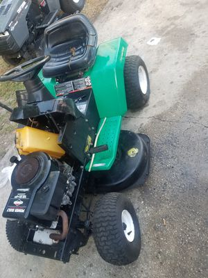 Lawn tractor for Sale in Tampa, FL