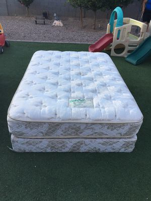 Mattress and box spring full for Sale in Phoenix, AZ