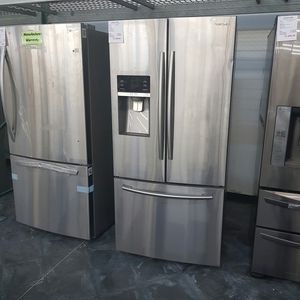 SAMSUNG Stainless 3Door Bottom Freezer French Door for Sale in Chino Hills, CA