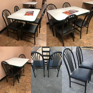 7 Restaurant style tables and 22 chairs for Sale in Albuquerque, NM