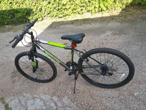 NEW HUFFY 26 MEN,S BIKE 16 SPEED NEVER USED $85 for Sale in Fort Worth, TX