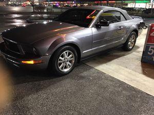 Vendo o cambio por troca 2007 Ford Mustang convertible for Sale in Sterling, VA