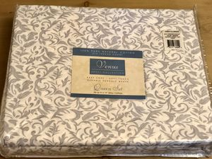 New! Queen sheet set, fitted, flat and 2 pillowcases. Gray and white print. for Sale in Tolleson, AZ