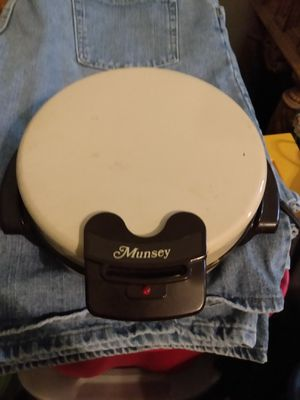 Munsey Electric Waffle Maker for Sale in CORP CHRISTI, TX