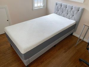 ZINUS Single/Twin Size Mattress and Upholstery Bed Frame for Sale in Dearborn, MI