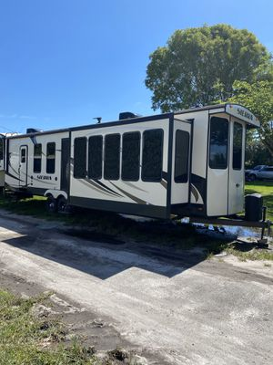 2018 forest River Sierra Park model travel trailer Rv home for Sale in Fort Lauderdale, FL