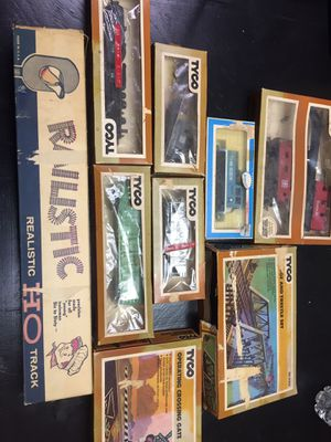 1971 vintage tyco train set, 2009 holiday Barbie and much more for Sale in North Versailles, PA