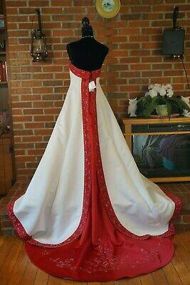 Wedding dress Davids bridal size 14 for Sale in Richland, WA