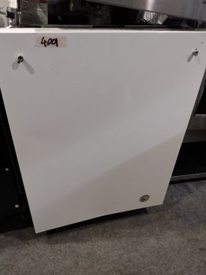 White kitchen aid dishwasher for Sale in Los Angeles, CA