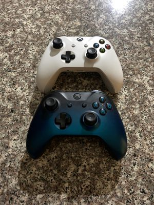 Xbox one controller special edition for Sale in Moreno Valley, CA