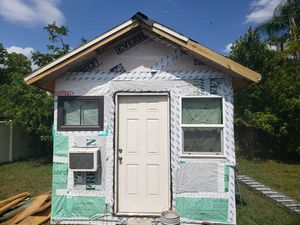 Shed / Tiny house for Sale in Aloma, FL