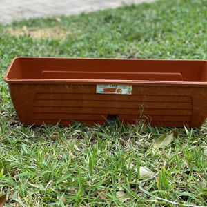 Flower Pot WINDOW BOX for Sale in Hollywood, FL