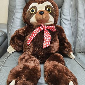 """Sloth With Heart Tie Valentines Day Plush 30"""" for Sale in Santa Ana, CA"""
