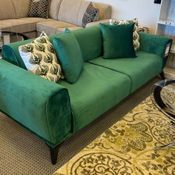 Brand New Velvet Green Sofa!! SALE!! Financing And Delivery Available !! for Sale in Des Plaines,  IL