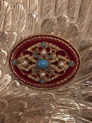 Beautiful!! Victorian pin/ Brooch for Sale in Gainesville, VA