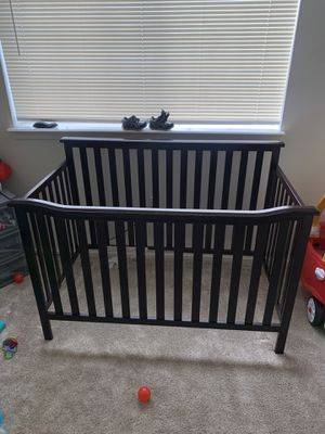 Baby crib like new for Sale in Clinton Township, MI