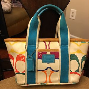 Small coach purse for Sale in Durham, NC