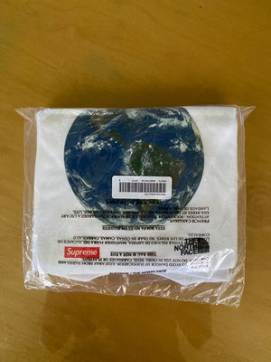 Supreme TNF one world tee white Medium for Sale in Los Angeles, CA