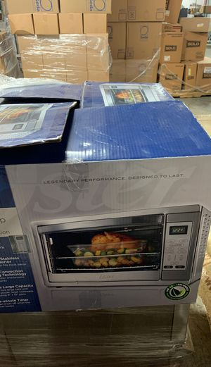 Oster digital countertop Oven for Sale in Chicago, IL