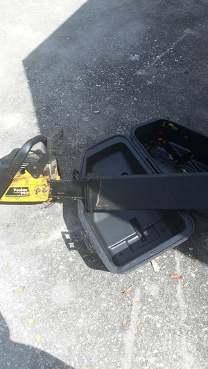 Gas chainsaw for Sale in Haines City, FL