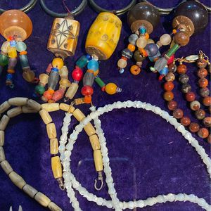 Vintage Napkin Holders Shell And Real Stone Necklaces for Sale in Henderson, NV